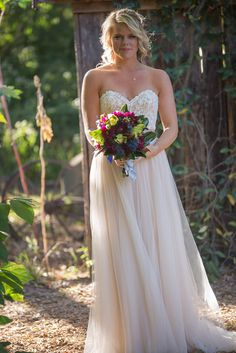 Anna and Harry opted to see each other before the ceremony. Anna is ready for her first look. #bride #romantic #firstlook #nashville #wedding #zoo #bridalportrait #photographer
