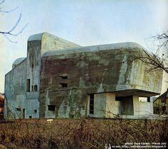 Nevers - France, the church of Sainte-Bernadette du Banlay. Architectes: Claude Parent, Paul Virilio (Architecture Principe) Construction: 1963 - 1966