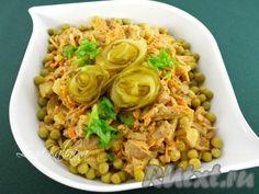 """Сытный, очень вкусный, простой в приготовлении салат """"Обжорка"""" с печенью обязательно Вам понравится! Его можно приготовить к ужину, это блюдо вполне подойдет и для праздничного стола. Попробуйте!"""