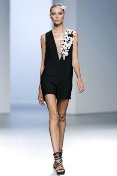 Madrid Fashion Week: La artesanía japonesa de Juana Martín