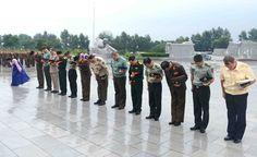 주조 무관단 조국해방전쟁참전렬사묘에 화환 진정