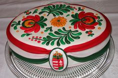 Matyo cake with Hungarian emblazoned Hungarian Cake, Hungarian Recipes, Beautiful Cakes, Amazing Cakes, Icing Frosting, Cake Board, Edible Art, Cake Cookies, Cupcakes