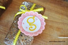 Make personalized gift tags using cupcake liners!