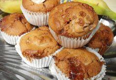 Sütöttél már banánnal muffint? Nem? Ideje kipróbálni! Meg fogsz lepődni, micsoda csodás, szaftos tészta lesz a végeredmény. És még másnap is puha marad. Már ha marad... Breakfast, Food, Caramel, Hoods, Meals