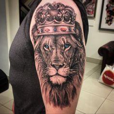 Leg Tattoos, Sleeve Tattoos, Tatoos, Lion Tattoo Sleeves, Capricorn Tattoo, Forearm Sleeve, Tattoo Portfolio, Chicano Art, Tatting