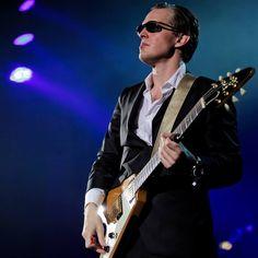 "Džo Bonamasa - ""Blues of Desperation"" (singl) - Rock Svirke Hart Joe, Beth Hart, Concert Tickets, Buy Tickets, Joe Bonamassa, Royal Tea, Him Band, Blues Rock, Upcoming Events"