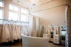I Do Bridal (Seattle, Washington)