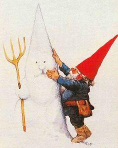 Nisse building a snowman