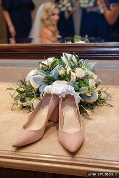 Wedding shoes ideas - close toe, fall, pink, pastel, low heel {NA STUDIOS}