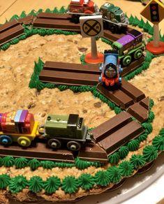 Easy Thomas and Friends Thomas Tank Engine Decorated Cookie Cake Thomas Birthday Cakes, 2nd Birthday Cake Boy, Thomas Cakes, Cookie Cake Birthday, Trains Birthday Party, Birthday Fun, Cake Designs For Boy, Cookie Cake Designs, Cookie Cakes