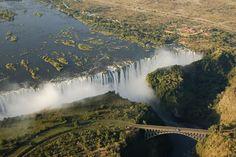 Postales impresionantes de las cataratas Victoria, en el corazón del África (FOTOS)
