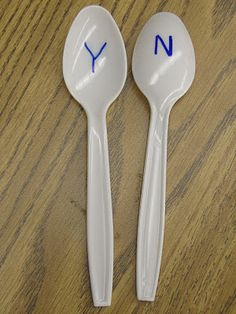 Yes/No spoons!  Cheap and easy way to let every student actively participate in a lesson : ) a great way to assess and check for understanding for my evaluations