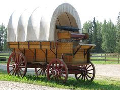 Vintage Tractors, Vintage Trucks, Forte Apache, Old Western Towns, Drawings Pinterest, Old Wagons, Chuck Wagon, Image Cover, Covered Wagon
