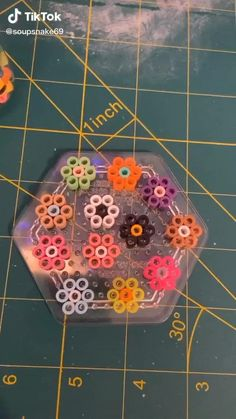 Diy Crafts To Do, Diy Crafts Hacks, Diy Crafts Jewelry, Diy Arts And Crafts, Cute Crafts, Bead Crafts, Diys, Paper Crafts, Perler Bead Art