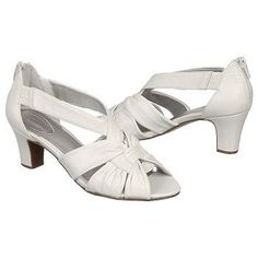 """Trotters Womens Charlie. White Pearl. 2.25"""" heel. WIDE! Shoes.com $99.00"""