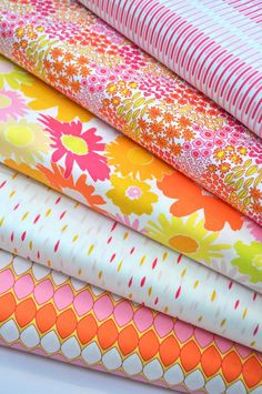Dreamin Vintage  - Vintage Inspired Floral Prints by Jeni Baker from Art Gallery Fabrics - Fat Quarter Bundle by SouthernStitchFabric