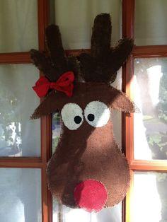 Reindeer door hanger by markiebuck on Etsy Christmas Makes, Christmas Door, All Things Christmas, Christmas Time, Christmas Crafts, Christmas Decorations, Christmas Ideas, Christmas Ornaments, Xmas