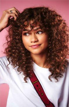 Curly Hair With Bangs, Curly Hair Cuts, Short Curly Hair, Curly Girl, Hairstyles With Bangs, Curly Hair Styles, Natural Hair Styles, Pretty Hairstyles, Zendaya Hairstyles