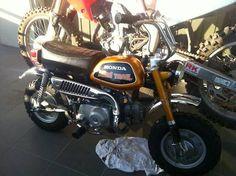 1972 HONDA Z50 MONKEY BIKE