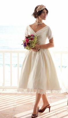 Vintage Tea-length Wedding Dress for Older Brides Over 40, 50, 60, 70. Elegant Second Wedding Dress Ideas.