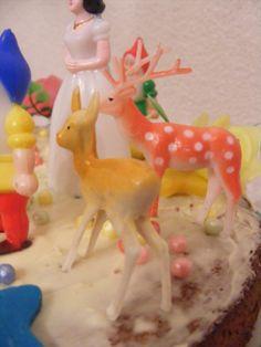 taart sneeuwwitje, cake, bakken, deer, hertjes, birthday cake