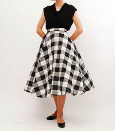 Vintage 1950s Skirt - 50s Full Circle Skirt - Black   White Buffalo Plaid 376bb0809