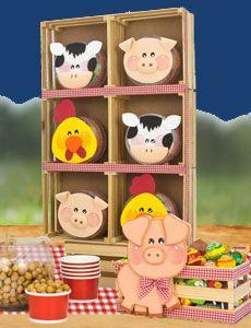 Proyectos - Fiestas - Fantasias Miguel Farm Animal Birthday, Farm Birthday, Wood Crafts, Diy Crafts, Farm Kids, City Farm, Farm Party, Ideas Para Fiestas, Country Art