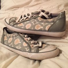Coach Sneakers Grey/Beige/White Coach sneakers. Used in good condition Coach Shoes Sneakers