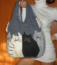 New crochet cat bag pattern posts Ideas Chat Crochet, Mode Crochet, Filet Crochet, Knitting Patterns, Cat Bag, Cat Purse, Knitted Cat, Tapestry Crochet, Tricot Facile