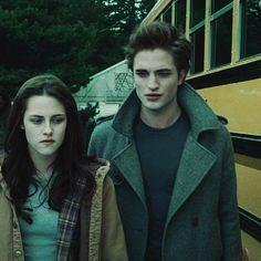 Alice Twilight, Twilight 2008, Twilight Cast, Twilight Pictures, Twilight Series, Twilight Movie, Vampire Twilight, Edward Bella, Edward Cullen