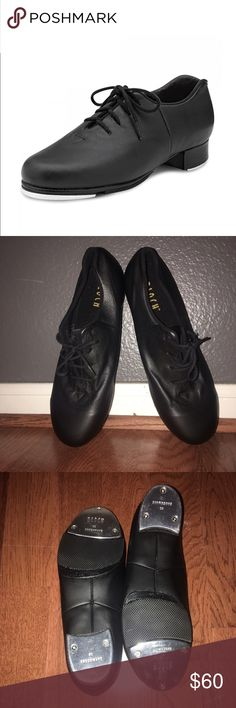🎉Bloch leather Tap Shoes (Retail: $80) Lace up full grain leather upper and leather stacked heel. Wick away lining for comfort and to reduce moisture. Heel notch to reduce pressure on the Achilles tendon.  Sizing Tip - The Audeo Tap shoes sizes are quite small - we recommend ordering half a size bigger than your regular shoe size to accomodate this.                                                      🗣Shoes never worn only tired on, I never ended up taking the tapping class lol Bloch…