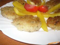 Ryžové karbonátky Š Meat, Chicken, Food, Essen, Meals, Yemek, Eten, Cubs