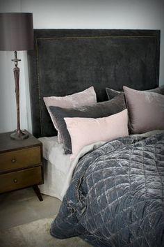 Stilrummet Inredning - Sänggavlar i sammet