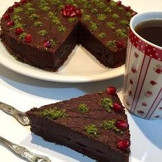 See related links to what you are looking for. Best Chocolate Cake, Chocolate Desserts, Pasta Cake, Recipe Mix, Turkish Recipes, Cake Shop, Easy Cake Recipes, Vegan, Yummy Cakes