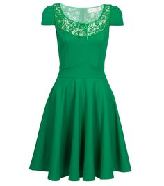 Alannah Hill 'Enchanted by You' dress one of the most flattering dresses i have ever worn! Narnia Wardrobe, Wardrobe Makeover, Grace And Lace, Flattering Dresses, Dress Makeup, Guys And Girls, Playing Dress Up, Get Dressed, Day Dresses