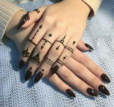 detailed mehndi design for hand Mehandi Design Henna Design# Mehandi Art Mehandi Art Henna Art Beautiful henna design by how lush the paste look like! Make the design so beautiful detailed mehndi design for hand Henna Tattoos, Finger Tattoos, Diy Tattoo, Simple Henna Tattoo, Henna Tattoo Hand, Tribal Hand Tattoos, Simple Hand Henna, Toe Tattoos, Easy Henna