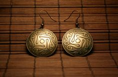 For folk style and celtic culture lover :)  Brass earrins with ornament etched, Celtic Swirls Buckle, have a form of dome.  Ear hooks - brass.
