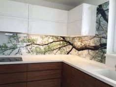 Grafozastena s motivom stromu