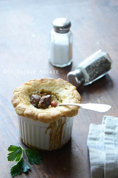 Gorgeous Meat Pie from Faith of - Steak Ale and Mushroom Pot Pies make a hearty paleo dinner; you can serve the stew as-is or whip up the quick paleo crust to turn them into adorable little pot pies. When Liz from Sprouted Routes. Ale Pie, Steak And Ale, Beef Stew Meat, Stuffed Mushrooms, Stuffed Peppers, Pie Recipes, Yummy Recipes, Dinner Recipes, Paleo Dinner