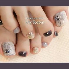 Square Nail Designs, Pedicure Designs, Pedicure Nail Art, Toe Nail Designs, Toe Nail Art, Cute Toe Nails, Feet Nails, Luxury Nails, Best Acrylic Nails