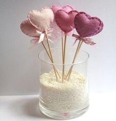 Six Wool Felt Heart Lollipop Party Decorations Pink / Valentine's Day decor. Valentines Day Decorations, Valentine Day Crafts, Be My Valentine, Lollipop Party, Felt Gifts, Little Presents, Heart Crafts, Heart Ornament, Felt Hearts