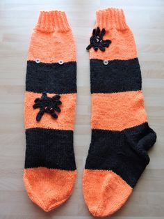 Socken-Sunday Serie: Diverse Modelle wurden gestrickt (Teil 3/8- Halloween) /// Socken-Sunday: different models were knitted (Part 3/8 - Halloween) (30.10.16)