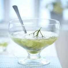 Holunderbowle mit Melonenkugeln-Rezept Rezept - [LIVING AT HOME] Margarita, Tableware, Essen, Drinking, Make Your Own, Dinnerware, Tablewares, Margaritas, Dishes