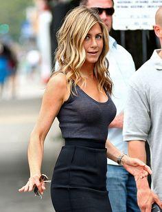 31 Prominent Jennifer Aniston Hair Color Choices