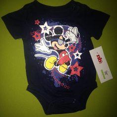 Mameluco Mickey Marca Disney Recién nacido. Q20.00