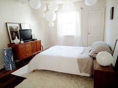 Lantern lights in bedroom