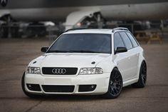 Audi RS4 Avant Wallpaper - http://wallpaperzoo.com/audi-rs4-avant-wallpaper-2-27392.html  #AudiRS4Avant