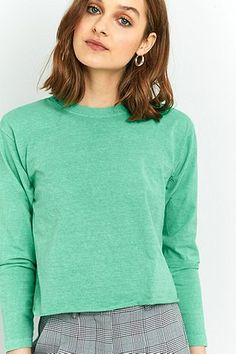 BDG Shoulder Pad Cropped Long Sleeve T-Shirt #UrbanOutfitters #UOEurope