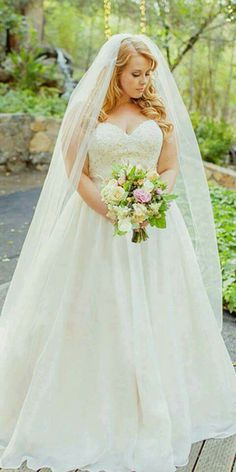 Veil with simple dress.