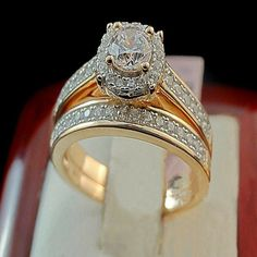 Ladies Rose Gold Over Oval Diamond Engagement Ring Wedding Bridal Set Bridal Rings, Wedding Ring Bands, Unique Diamond Rings, Oval Diamond, Beautiful Wedding Rings, Engagement Rings Round, Rose Gold, Silver Metal, Bracelets